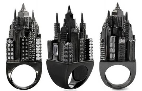 gadget-anelli-gotham-city-alla-modica-cifra-di-225