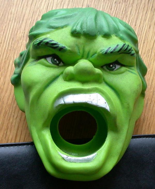 gadget-hulk-da-applicare-al-microfono-della-doccia