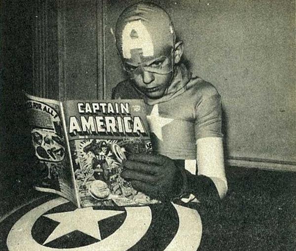 reading_comics08