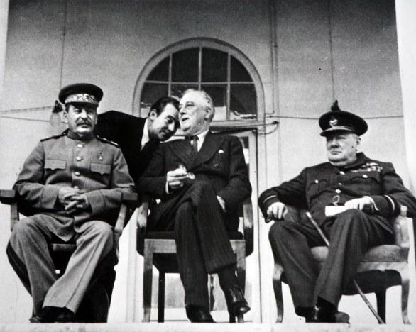 04-john-philips-teheran-1943-john-philips-raccolta-della-fotografia-galleria-civica-di-modena
